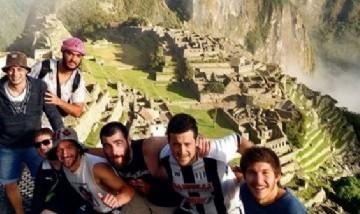 Martin y sus Amigos, Machu Picchu, Cusco, Perú.