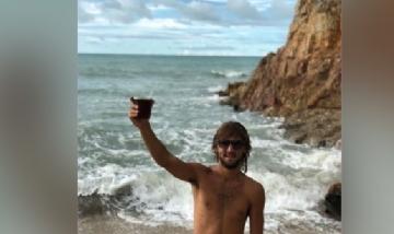 Mati Zancocchia mateando en Jericoacoara, Brasil.