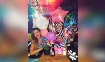 Tiffany festejando sus 19 desde Valencia, Venezuela.