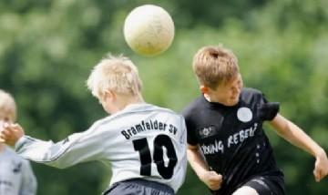 Los riesgos ocultos que los deportes de contacto producen en la salud de los más jóvenes