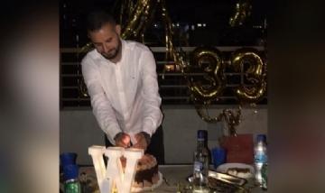 Wilfredo festejando sus 33 en Santiago, Chile.