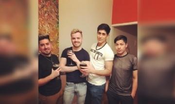 Yamil y sus amigos de previa pro Palermo.