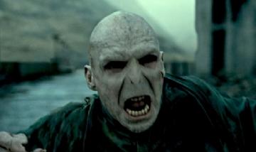 Ralph Fiennes no quiere que nadie más interprete a Voldemort