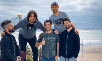 """El grupo """"Los Chaza"""" de peña por Mar del Plata."""