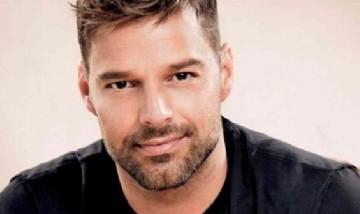 """Ricky Martin presentó: """"Pausa"""", su nuevo EP"""