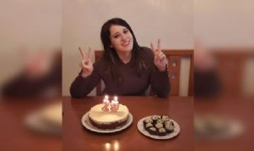 Cristina festejando sus 29 en Madrid, España.