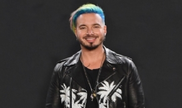 "J Balvin estrenó el video de ""Blanco""."
