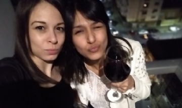 Anabella y Marisol en la noche de La Plata.
