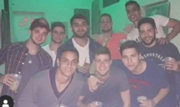Manuel y sus Amigos, desde Buenos Aires.