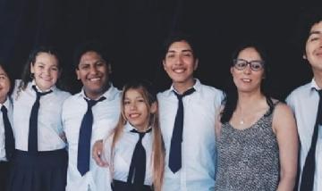 La promo 2019 del Colegio Secundario 5 de Palpala, Jujuy.