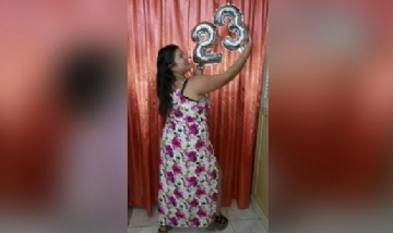 Moira festejando sus 23 en Ciudad Evita, Buenos Aires.