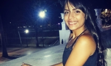 Yaremi extrañando las noches sin cuarentena en Caracas, Venezuela.