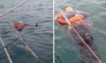 Mujer fue encontrada viva y flotando en el mar tras dos años desaparecida