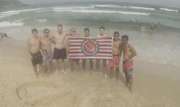Los Pibes De Sportivo, Praia Do Rosa
