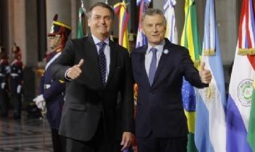 El Amazonas desaparece y Bolsonaro no hace nada