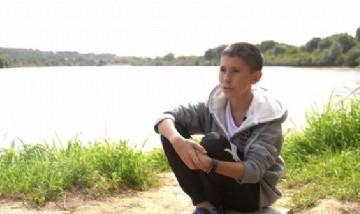 Un hombre ruso se volvió viral por tener 32 años y el cuerpo de un joven de 13