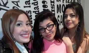 Jenni y sus amigas. Lomas de Zamora, Buenos Aires.