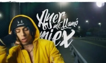 """Khea rompe récords con su última canción """"Ayer me llamó mi ex"""""""