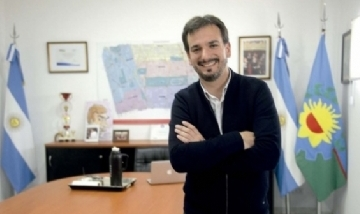"""Sebastián Galmarini: """"Vidal deja la provincia arrasada"""""""