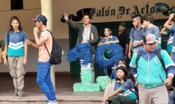 La Promo 19 de la Escuela Martín Miguel de Güemes de Salta, Argentina.