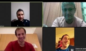 Pipa y sus amigos de videojuntada en Flores, Uruguay.