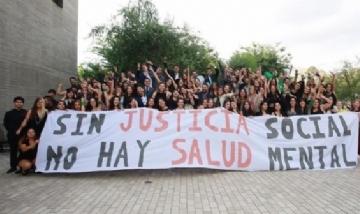 Los nuevos psicólogos/as de la UDP en Santiago, Chile.