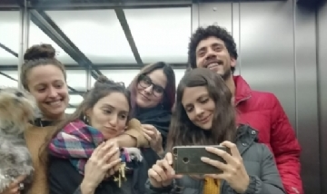 Agos, Anto, Lucas, Mel y Mica desde La Plata.