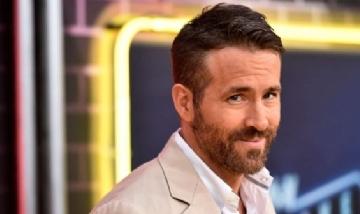 Los reflejos de superhéroe salvaron a Ryan Reynolds en Brasil